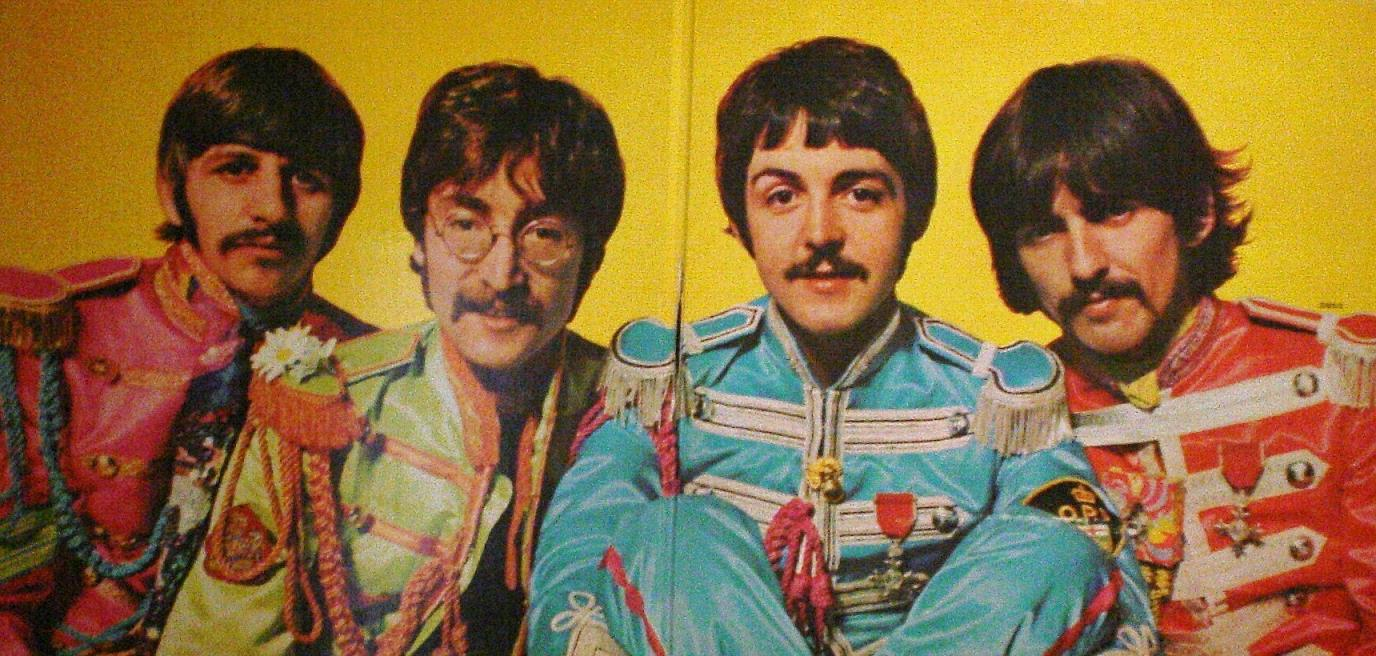 BEATLES (THE) - Sgt Pepper's (inside)